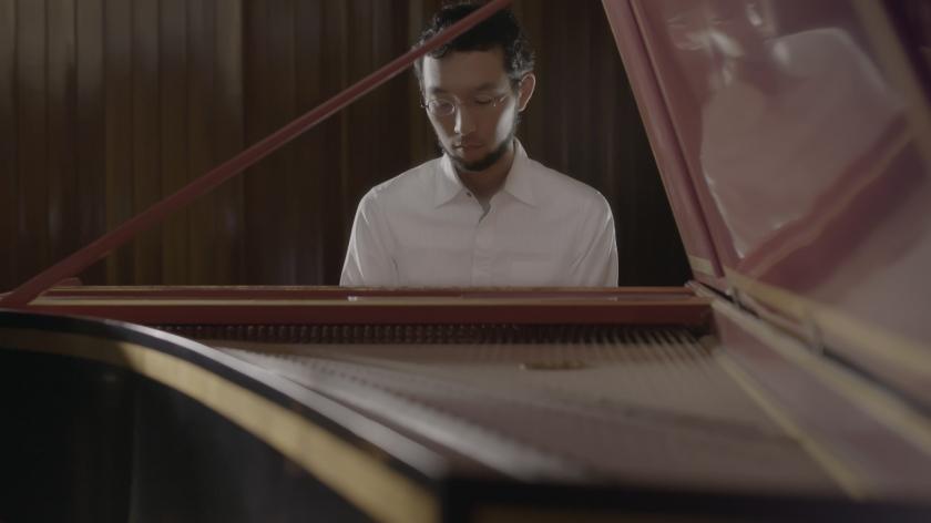 Bach, 3 videoclip, 11 luglio - Notti