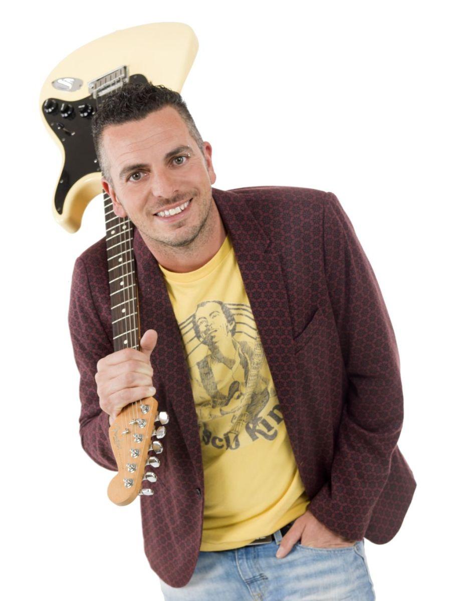 Mirko Casadei: mercoledì 2 agosto in concerto a Marina di Montenero di Bisaccia (CB) con l'Orchestra Casadei