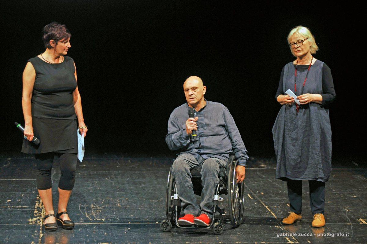 1.2.3 Aspie! Menti meravigliose sprecate, con Livia Grossi e Lucia Vasini, al Teatro Maciachini di Milano il 26 marzo