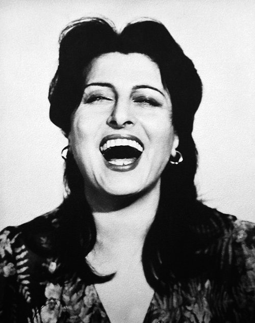 anna-magnani-laughing (1)