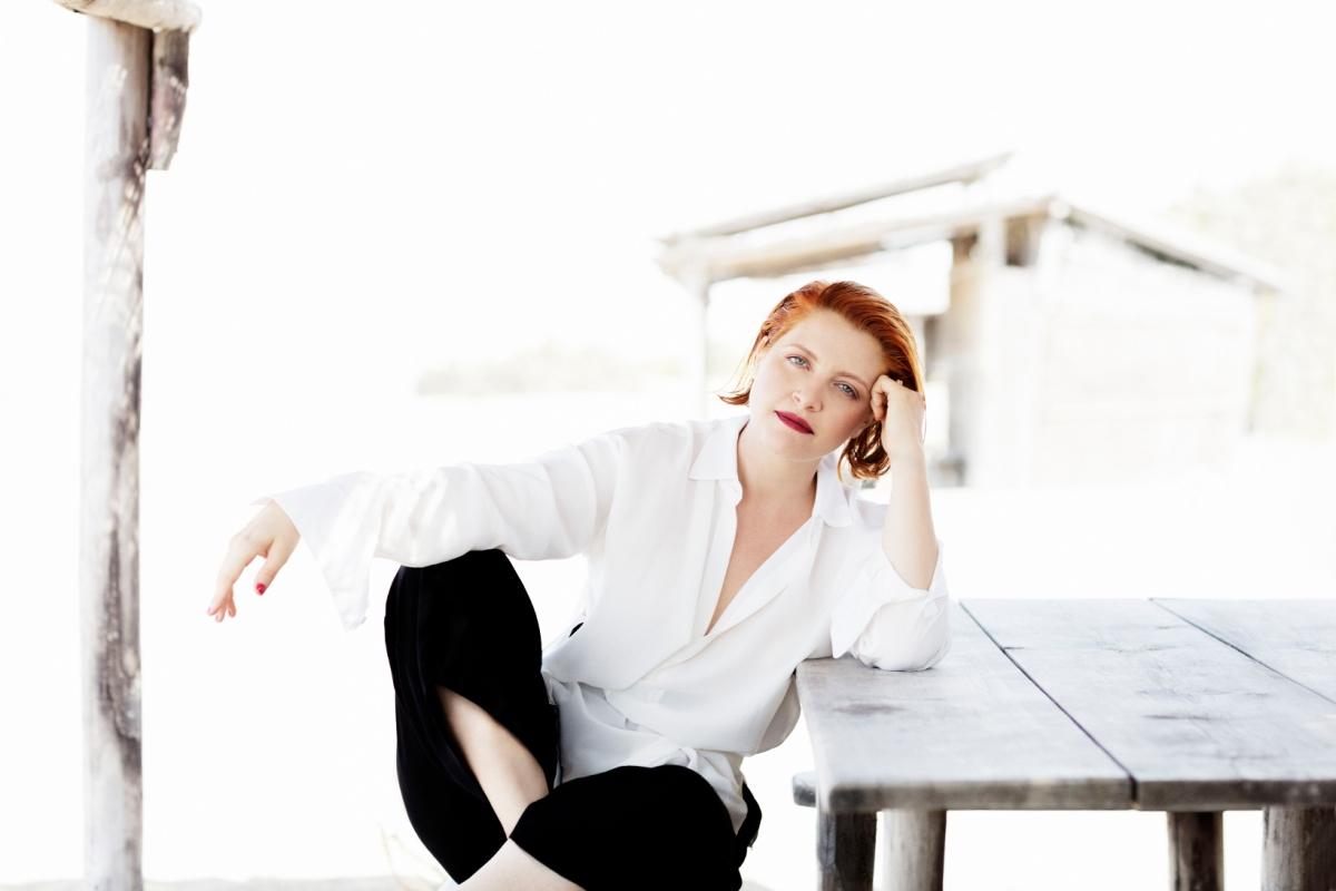 Noemi ospite a QUELLI CHE IL CALCIO con il nuovo singolo 'Porcellana', domenica 22 aprile ore 13.45 su Rai 2