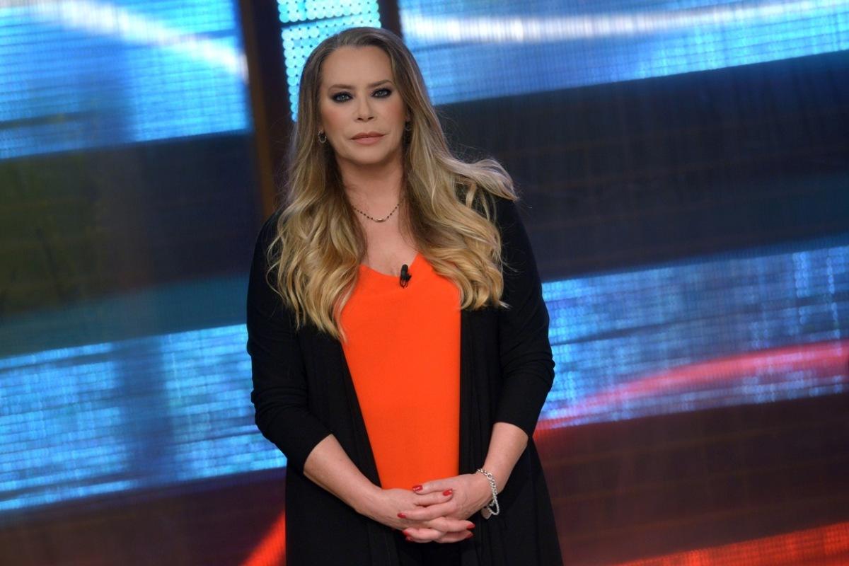 """ANNA ROSA FONTANA, UCCISA DUE VOLTE - """"IL TERZO INDIZIO"""" con Barbara De Rossi stasera in prima serata su Retequattro"""