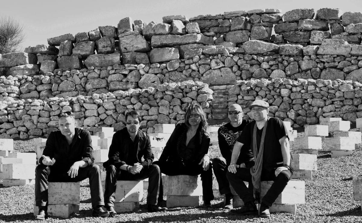 Laceblack, Anytime e due concerti a Roma e Londra