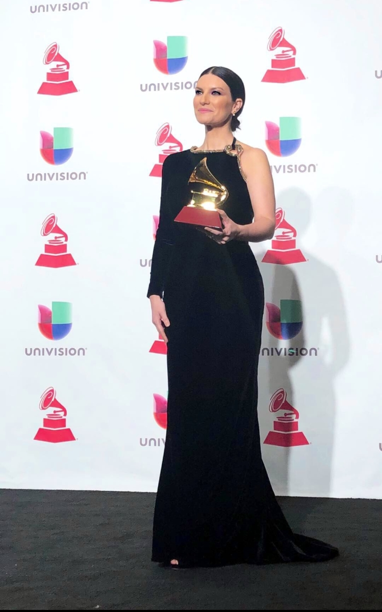 "Laura Pausini, eccellenza italiana nel mondo, ai Latin Grammy Awards 2018 ha conquistato il premio per il ""Best traditional pop vocal album"" con ""Hazte Sentir"""