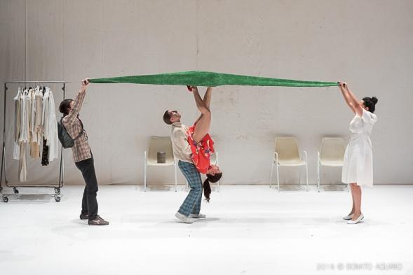 foto Balletto-Civile-in-Bad-Lambs-di-Michela-Lucenti-3