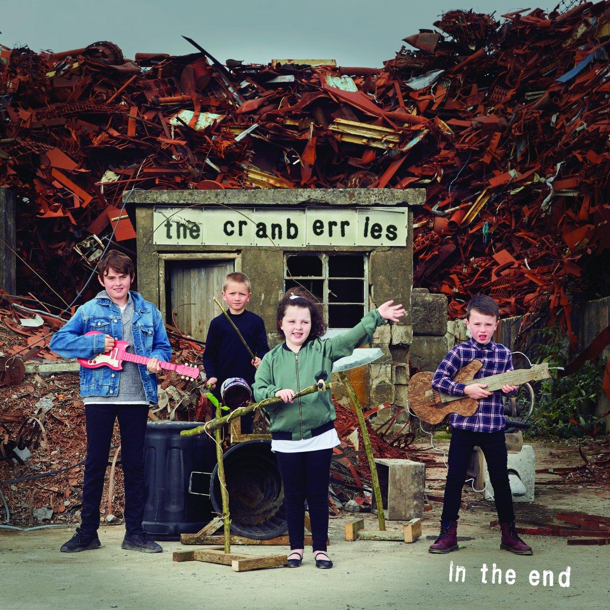 """THE CRANBERRIES: venerdìesce """"In The End"""",l'ottavo ed ultimo album della band. Dal 26 aprile al 3 maggio a Romala mostra """"Memories will never end..."""""""