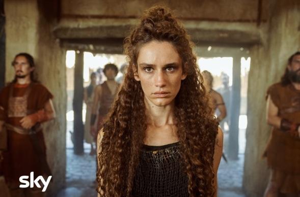 Valentina Bellè sarà Ersilia, a capo delle sacerdotesse sabine